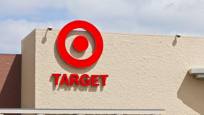 亞馬遜也傻眼!》獲利超預期,股價創新高,Target做對什麼事?